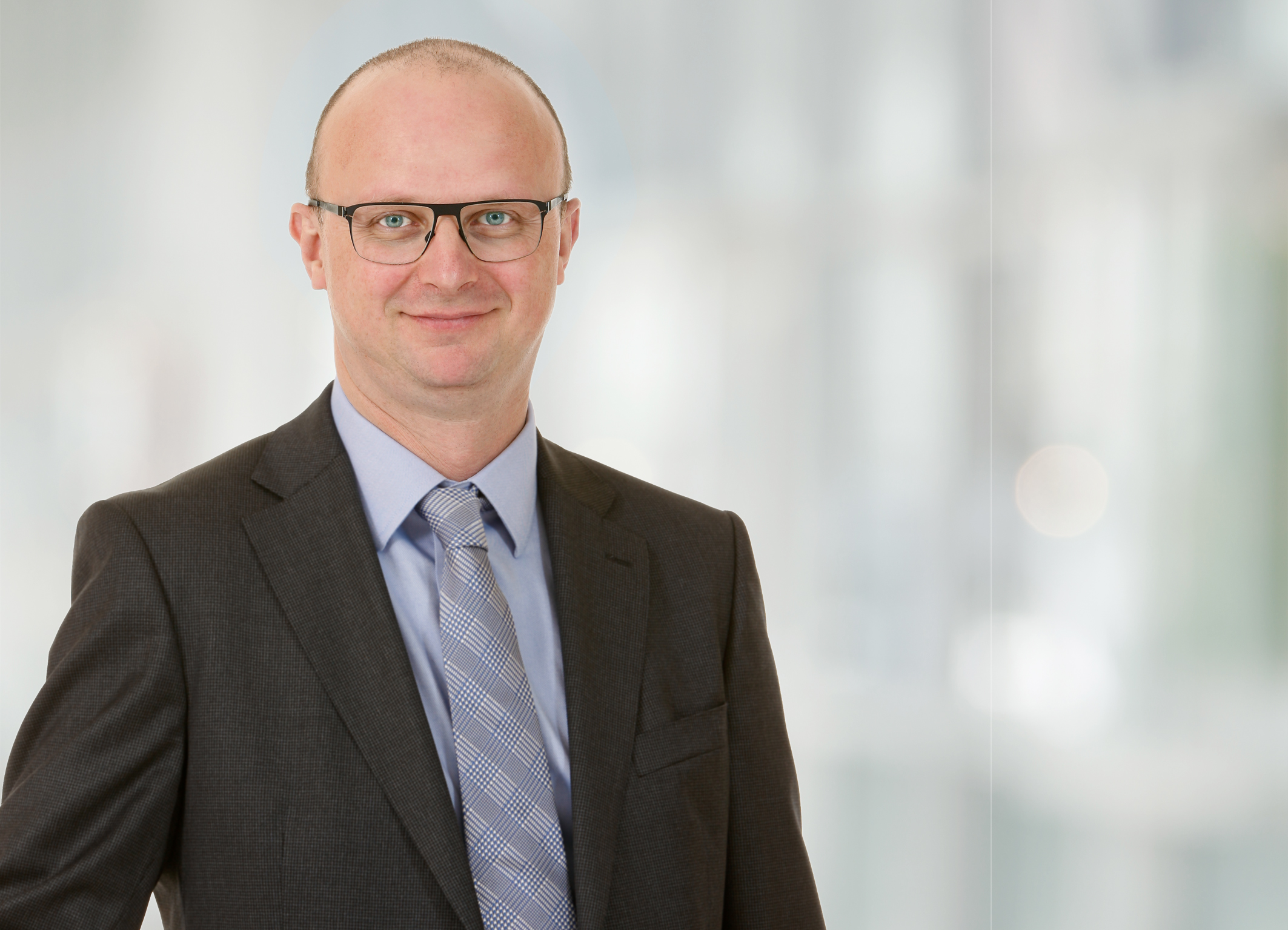 "Andreas Trösch übernimmt als Vice President die neugeschaffene Abteilung ""Investor Relations, Communications and Corporate Responsibility"""